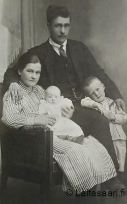 Yrjö ja Hilja Ahlholmin perhe