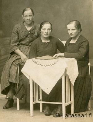 Lusikkakosken sisarukset Olga, Hilma ja Maria