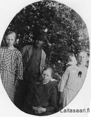 Kalle Viinikanojan perhettä