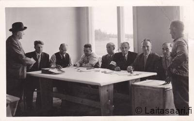 Vaalilautakunta Hyrkissa 1958