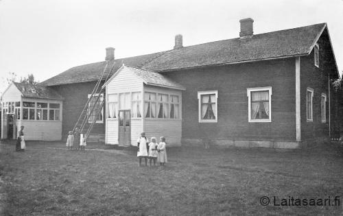Laitasaaren koulu (1916)