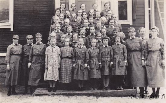 Huovilan koulu, Lotat ja pikkulotat sota-aikana