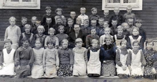 Laitasaaren koulukuva vuodelta 1937