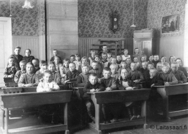 Laitasaaren kansakoulusta (1931-32)