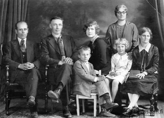 Tuntematon / unknown family