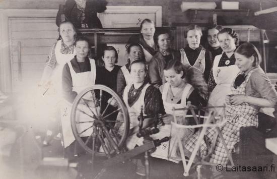 Laitasaaren Marttojen kudontakurssi 1938
